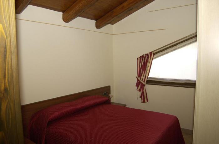 Confortevole Camera Appartamento Rododendro