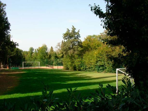 Villa con campo da calcio Città di Castello
