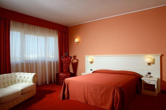 Camera matrimoniale centro benessere hotel**** Castellana Grotte