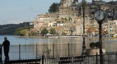 Vista del Lago di Bracciano dell'Agriturismo vicino Roma