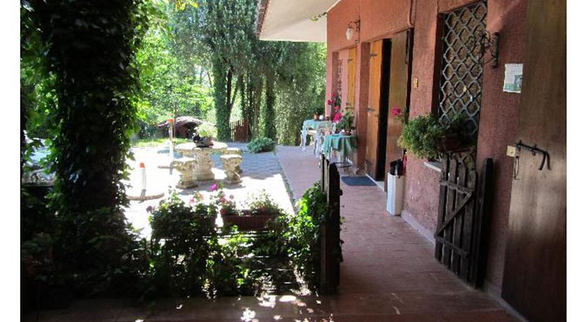 veranda casavacanze Terni Umbria Dolci Alberi