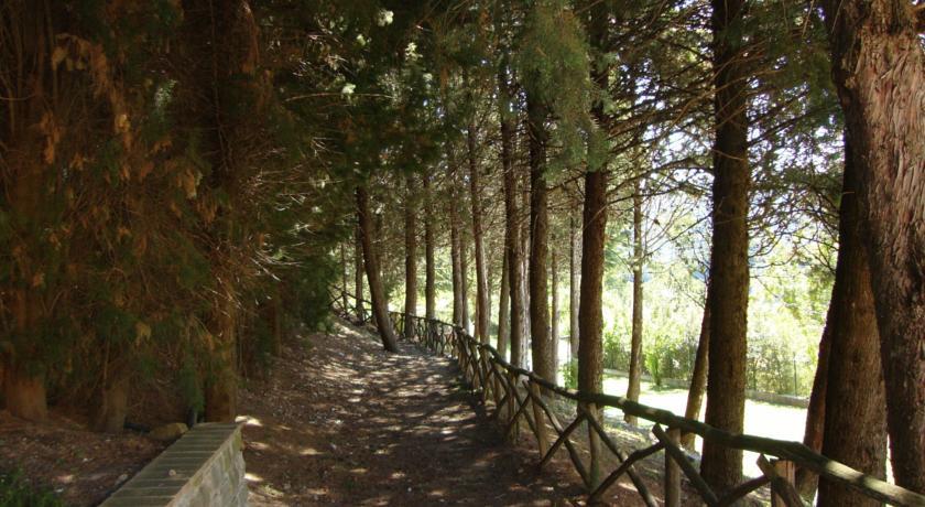 oasi assisi sentiero ingresso