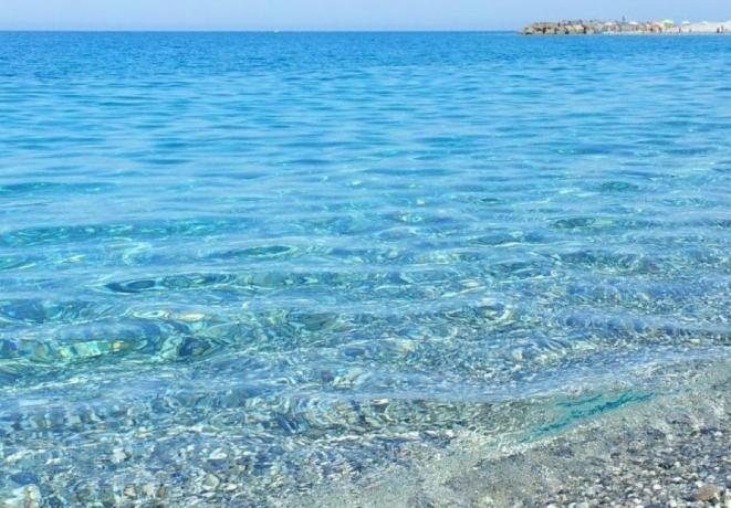 Mare cristallino ad Amantea in Calabria