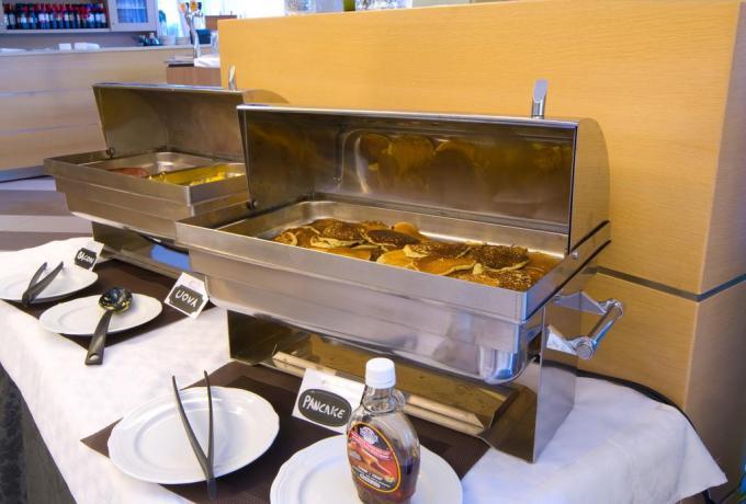 Abbondante colazione Hotel a Riva del Garda