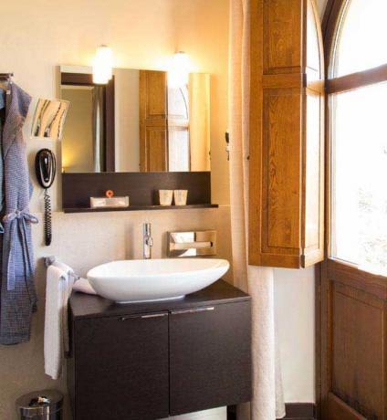 Bagno camera classic set cortesia hotel a Perugia