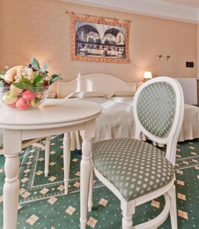 Camere da letto con salottino vicino Padova