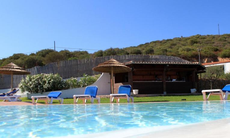 hotel con piscina e idromassaggio ad olbia