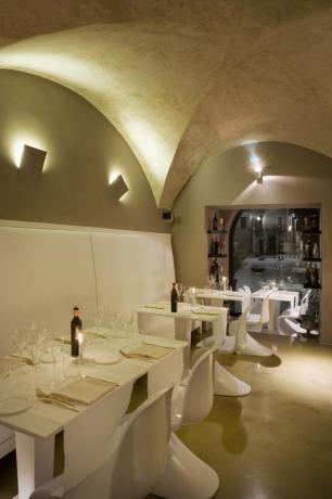 Ristorante Hotel a Montefalco con arredi moderni