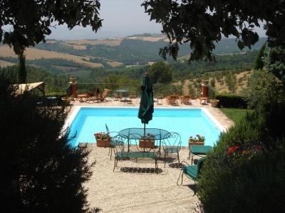 vista piscina dalla residenza
