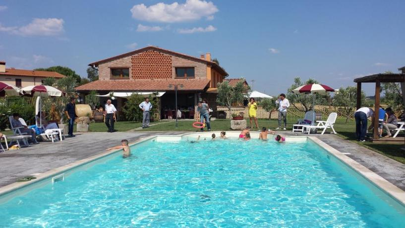 Agriturismo con Piscina in provincia di Livorno