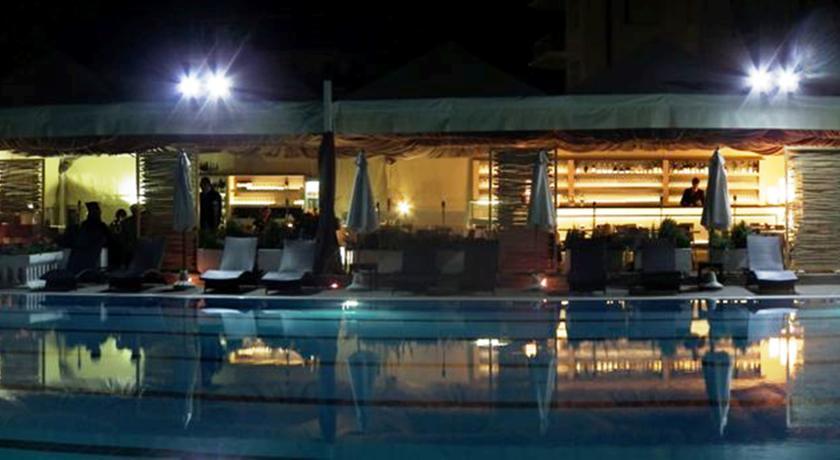 Hotel Residence in Versilia con Piscina