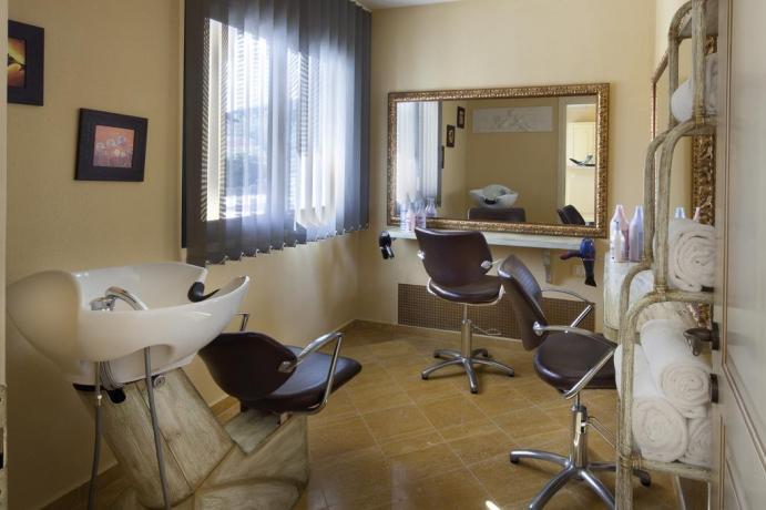 Servizio parrucchiere Albergo a Orosei in Sardegna