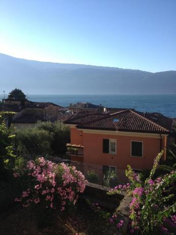 Hotel con suite, Piscina sul Lago di Garda