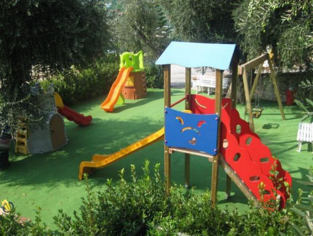 Villaggio ideale per Bambini con Miniclub vicino Vieste