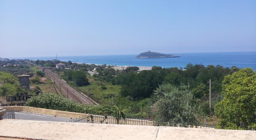 Relais Charme&Relax vista Isola di Cirella Diamante