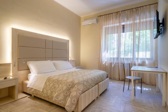Appartamento al centro di Lecce con scrivania