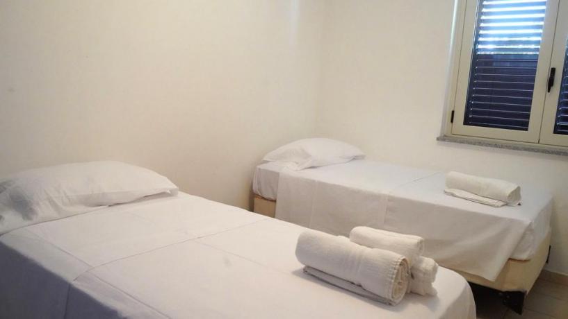 Appartamento con letti singoli a Isca Marina