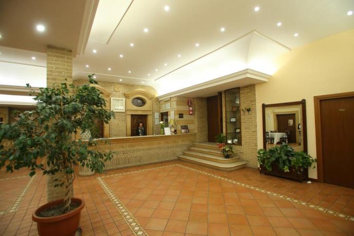 Hotel 3 stelle con Ottimo Ristorante-Piazza Armerina