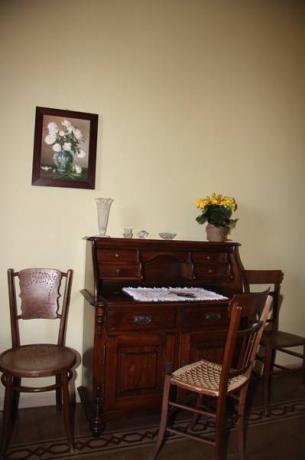 Appartamento con arredo antico