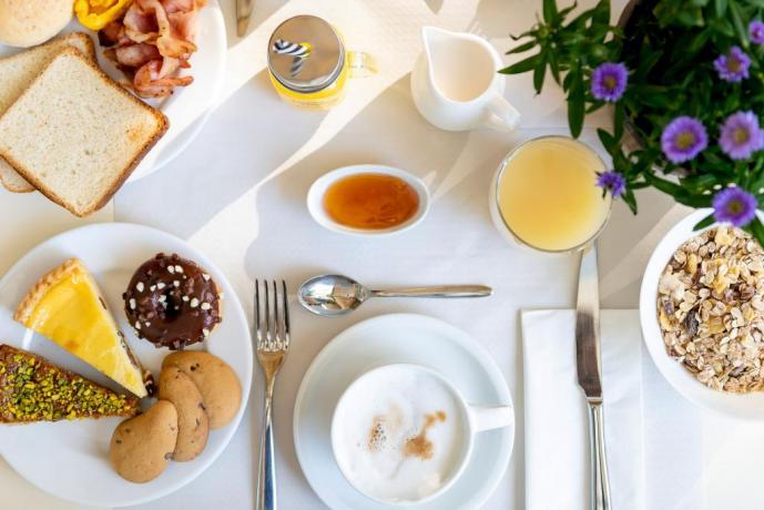 Hotel3stelle con ottima colazione Igea Marina