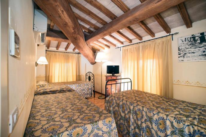 Camere Triple o Quadruple per famiglie ad Assisi