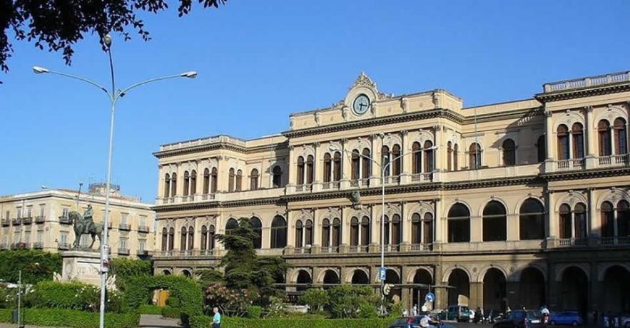 Albergo in centro a Palermo vicino stazione treni