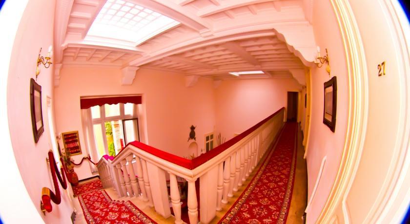 Hotel il Castello: le scale