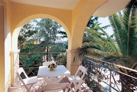Camere con Balcone: Vista litorale di Alba Adriatica