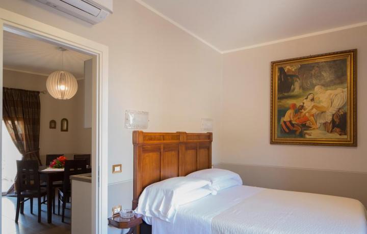 dormire in camera matrimoniale vicino stazione Fano