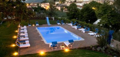 Offerta Luglio hotel con Centro Benessere piscina Foligno