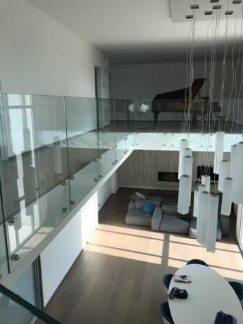 Progettazione e Vendita Scale in Vetro per Interni