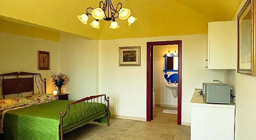 Melograno room ideale Famiglie in Vacanza Masseria