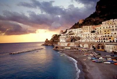 Holiday in Italy, Find Accommodation near the Sea