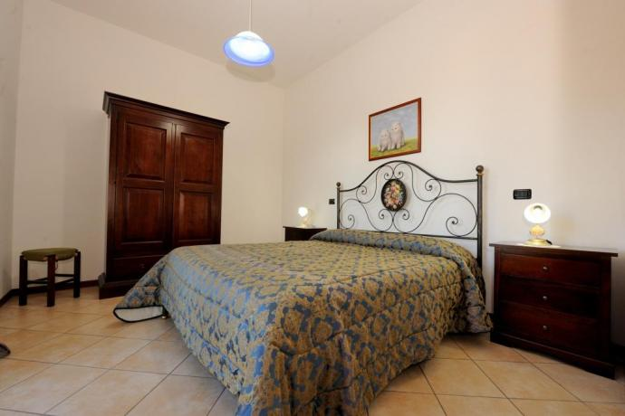 Camera Appartamento Alice agriturismo vicino Spoleto