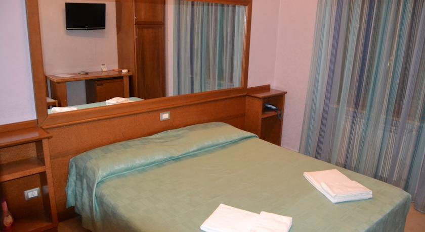 Hotel vicino Frascati con Camere matrimoniali