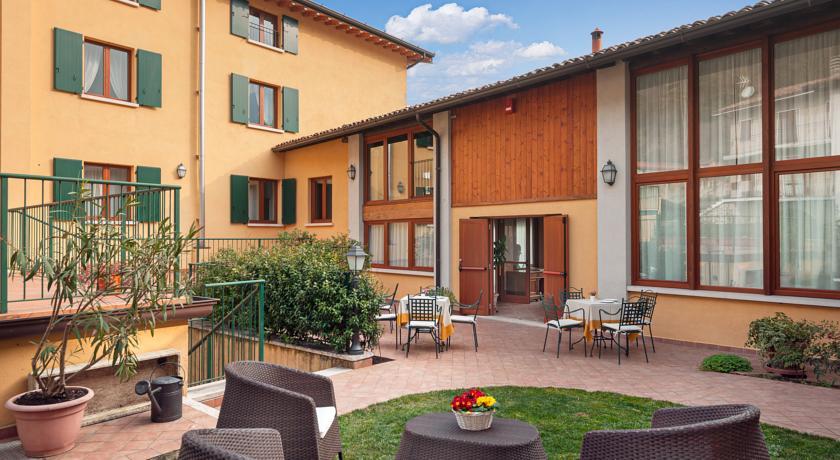 Hotel con Noleggio mountain bike elettriche