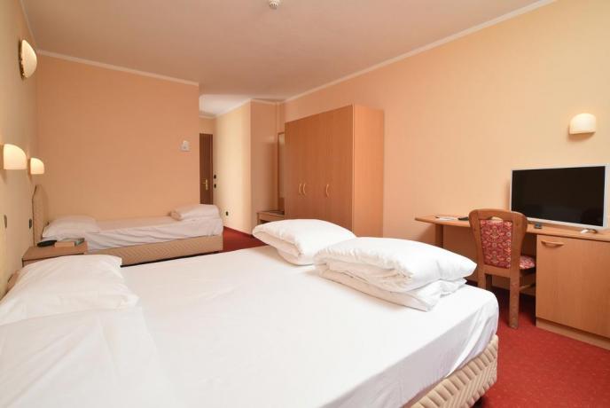 Camera tripla ideale per famiglie vicino Livigno