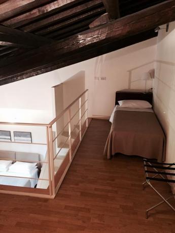 appartamento due piani con 3 letti a Foligno