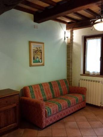 Camere con Divano Letto ideale per Gruppi-Bettona