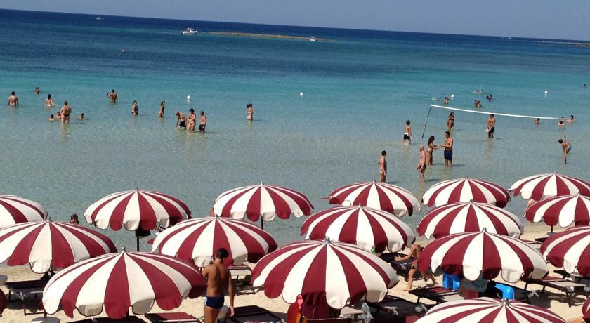 Hotel con spiaggia attrezzata