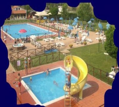 Parco piscine onda verde a fabro terni scivoli piscina - Ipoclorito di calcio per piscine ...