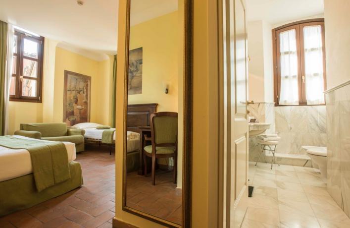 Camera familiare con vista sul borgo di Verucchio