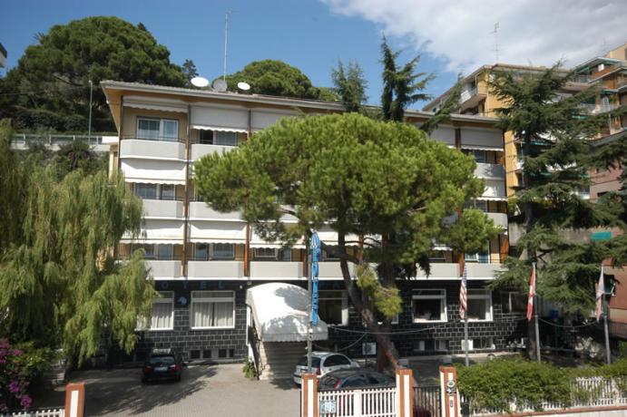hotel vista mare costiera Ligure Varazze