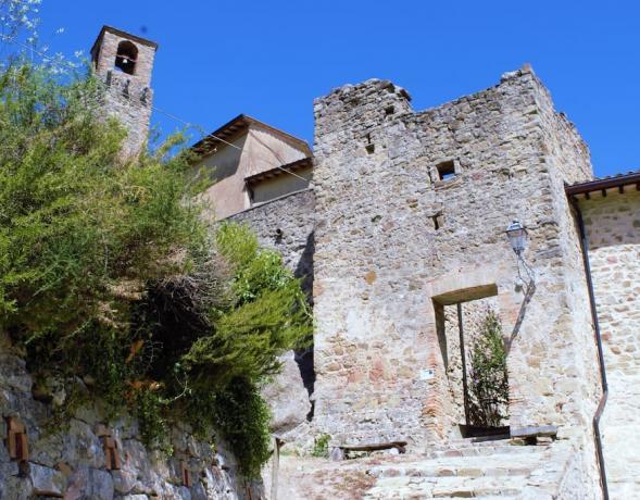 Dependance castello medievale esterno Gualdo Cattaneo