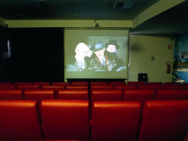 Villaggio con area cinema nella struttura Puglia