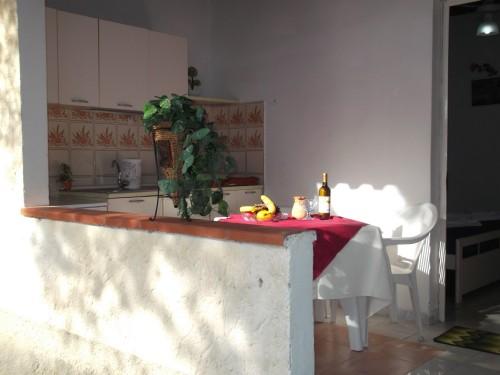 Bungalow con Veranda e Tavolo in Campania