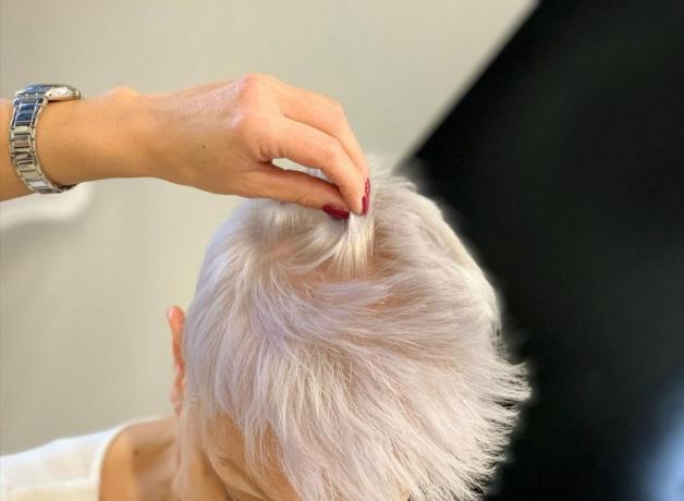 Taglio Capello Corto per Donna: Parrucchiera-Cutie-Hair