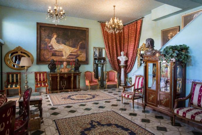 Hotel a Ostia elegante ideale per coppie