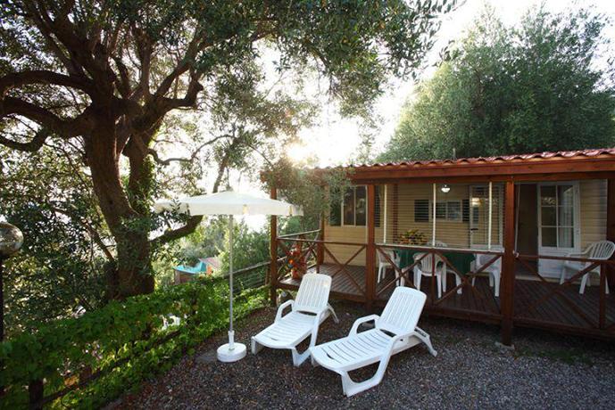 Villaggio immerso nel verde Caprioli di Pisciotta