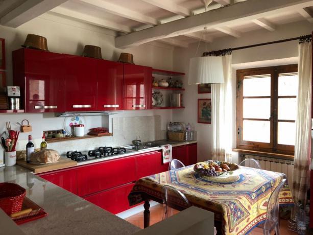 Cucina attrezzata, villa tra per vacanze